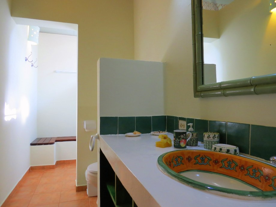 Each of the master bedrooms has a spacious bathroom